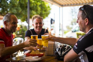 28 Velothon Sunshine Coast Cheers